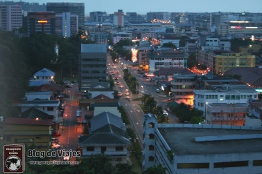 Borneo - Sabah - Kota Kinabalu vistas de la ciudad desde el Observatory Deck