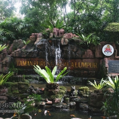 Kuala Lumpur - Orchid & Hibiscus Gardens (2)-mod