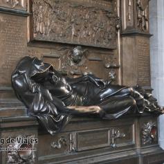 Bruselas Estatua Everard T Serclaes