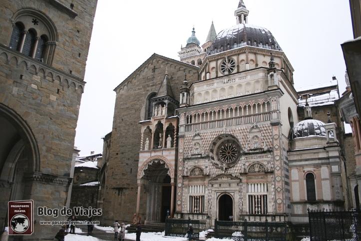 Bergamo Italia - Piazza Duomo