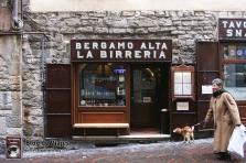 Bergamo Italia - Tienda típica-mod