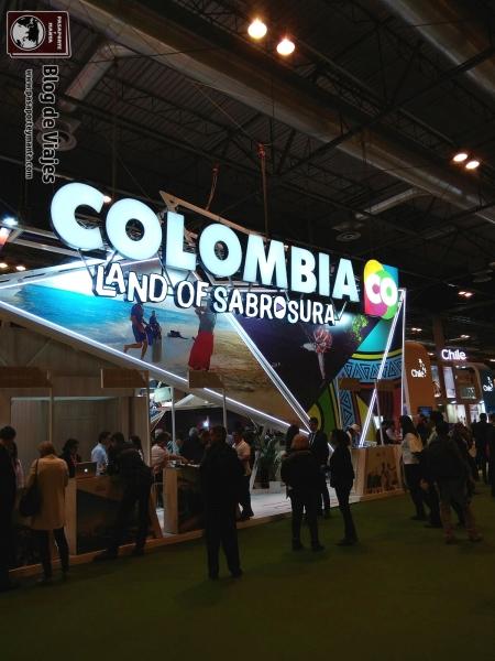 Stand de Colombia FITUR 2018 Pasaporte y Manta