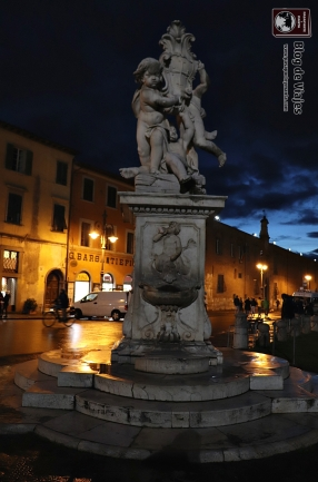 Pisa - Fontana de Putti